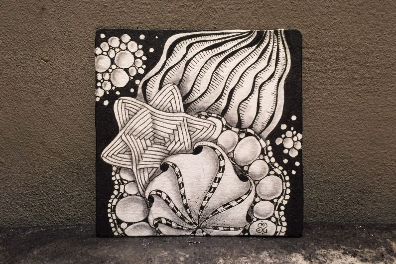 zentangle, zenuari2017, ink, tipple, auraknot, ornamato, tearce, angle fish